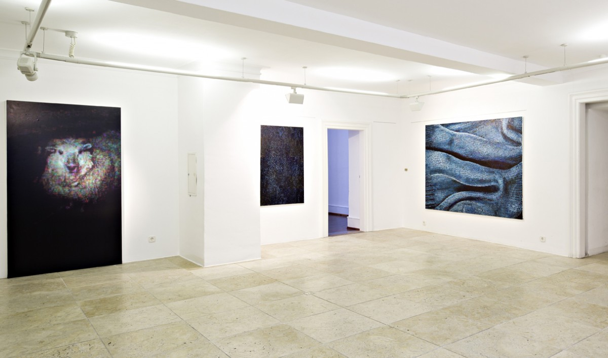 handyfoto gekleistert rechts: »nacht«               120 x 80cm              öl/leinwand               »stand by«              160 x 210cm
