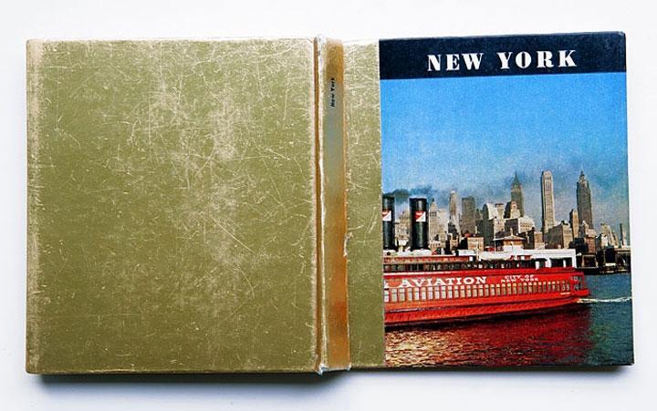 New York »Luxus der Leere«  collage im gebundenen Buch   11,9cm x 10,7cm